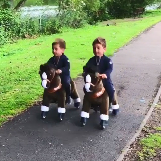 Twin brather Pony Riders